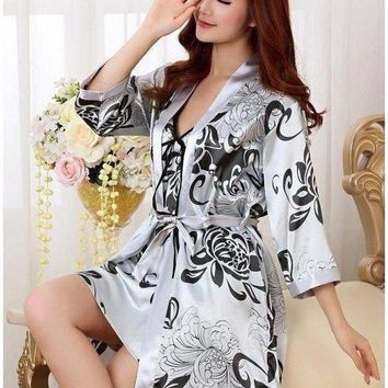 Lovely matching bold, floral print Kimono Robe and Vee neck Chemise 2PC set.