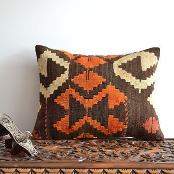 Hand Embroidered Pillow.Decorative Lumbar Kilim Pillow Cover - Kilim Pillow Case - Lumbar kilim pillow, Cushion Cover, Tribal Pillow