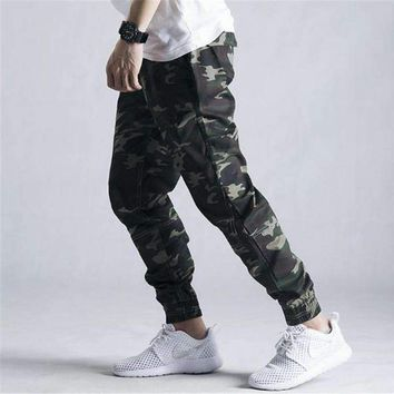 Mens Loose Camouflage Cargo Pants