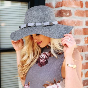 Speckled Wool Floppy Hat in Grey