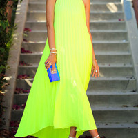Fluorescent Green Sleeveless Summer Swing Straps Chiffon Maxi Pleated Gown Dress