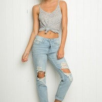 HIGH-RISE DISTRESSED DENIM