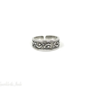 Sterling Silver Moon and Star Antiqued Finish Toe Ring