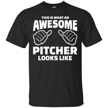 This Is What An Awesome Pitcher Looks Like Shirt, Pitcher Shirts, Pitcher Gift, Funny Pitcher Gifts Men's T-Shirt
