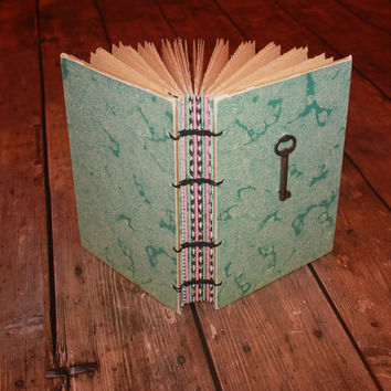 Wedding Guest Book with Vintage Skeleton Key, Summer Wave Journal, Beach Wedding, Hostess gift - handmade gifts, housewarming