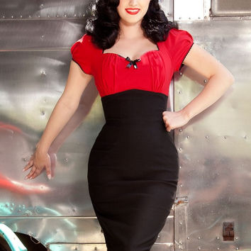 Pinup Couture Mary Ann Dress in Red