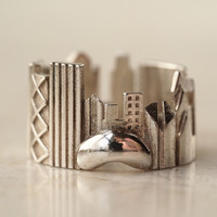 Chicago Ring - Popular Ring by shekhtwoman on Shapeways