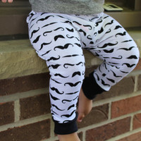 Mustache baby leggings, newborn leggings,baby boy pants, baby girl leggings,baby boy leggings, black and white, kids clothing, baby outfits