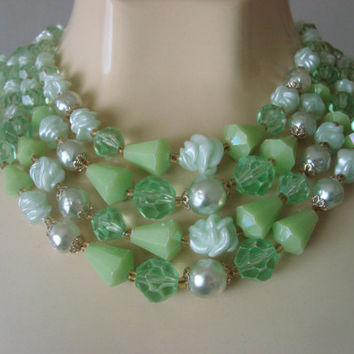 West Germany Green Bib Necklace / Faux Pearl / Vintage / 1950s 1960s /  Faux Pearl / Jewelry / Jewellery