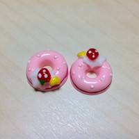 2 pcs Light Pink Strawberry, Cream and Heart Donuts Cabochon Flatbacks 18 x 18 mm