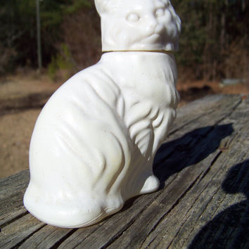 Vintage Avon Perfume Bottle--White Milk Glass Cat--Perfume Fragrance Decanter--Figural Bottle--Seventies Kitsch--My Vintage Home
