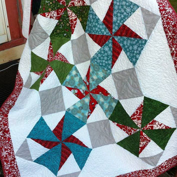 Christmas Stars Quilt bright and fun blanket or throw for your holiday home decor