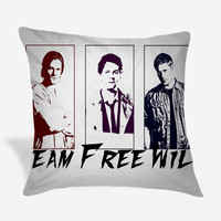Supernatural, team free will Pillow Case