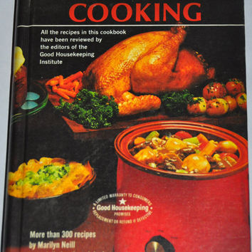 Vintage Cookbook. Crock Pot Cooking by Rival, 1975 Hardcover. By Marilyn Neill