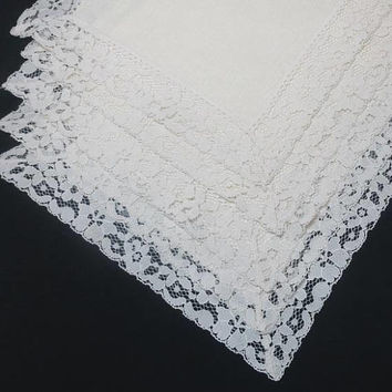 1990s Vintage Set of 5 Linen Look Ivory Place Mats with Lace Trim, 18.5 x 12.75 In., Poly Blend, Vintage Table Linens, Home Decor, Elegant