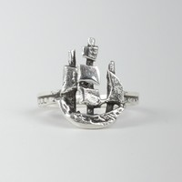 Catbird :: shop by category :: JEWELRY :: Rings :: Scout Ring, silver