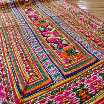 Vintage Hmong Tapersry , Handmade Fabrics and textiles, Hmong textile art, supplies