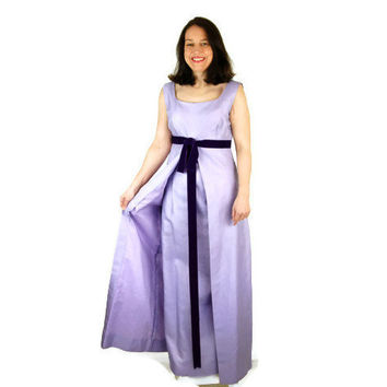 1960s gown. prom dress, sheath gown, lavender purple, Vogue Paris Original, empire waist, Size M