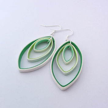 Green paper earrings, oval white and green paper quilled earrings, green earrings, lightweight earrings