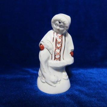 Vintage USSR Porcelain Eskimos with a fox ussr figurine 1960