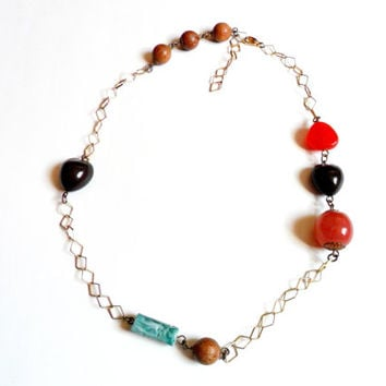 Vintage Eclectic Chunky Necklace - Plastic Wood Bead Chain - Unique Hippie Boho Chic Style - Geometric Metal Chain - Acrylic Lucite Beads