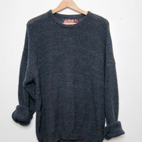 vintage black sweater. oversized sweater.
