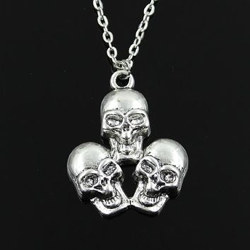 Three 💀 Skull Pendant Silver Necklace