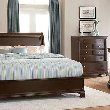 Idyllwild Queen Size Low Profile Bed