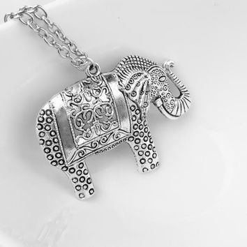 Elephant Necklace, Elephant Pendant, Chain Retro Silver Necklace