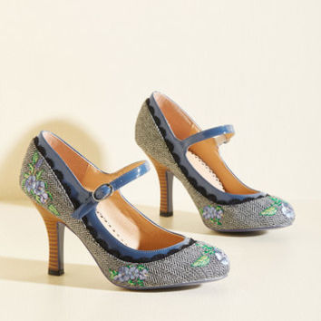 Romance Wasn't Built in a Day Heel | Mod Retro Vintage Heels | ModCloth.com