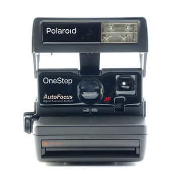 Polaroid One Step 600 AF Auto Focus Instant Film Camera Takes Impossible Project Film!