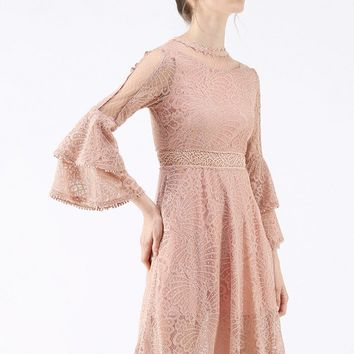 Tender Lace Bell Sleeves Dress in Pink
