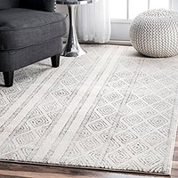 nuLOOM Sarina 4' x 6' Grey Diamonds Trellis Area Rug