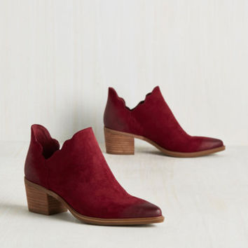 Yes, No, Wavy So Bootie | Mod Retro Vintage Boots | ModCloth.com