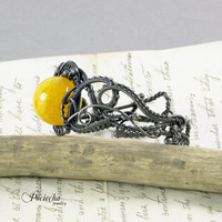 Yellow agate  wire wrapped brecelet by Pociecha Jewelry, classic jewelry for freespirit naturelovers black patina wirre wrapping,bracelet