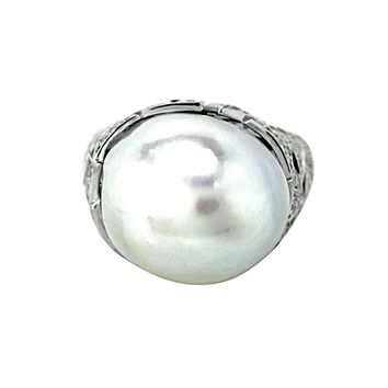 Fresh Water Pearl with 1.42ct Diamonds in 18K White Gold Cocktail Ring
