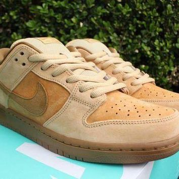 """VOND4H Nike SB Dunk Low """"Reverse Reese Forbes Wheat�83232-700"""