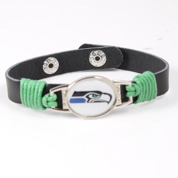 Seattle Seahawks Genuine Leather Bracelet 12mm Adjustable Mens Black Leather Bracelet USA Football Team Wristband Jewelry Gift