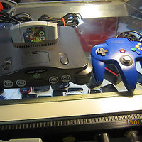 ORIGINAL NINTENDO 64 W/ ORIGINAL BLUE CONTROLER AND MARIO 64 GAME