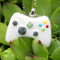 Mini Xbox 360 Controller Necklace by NerdyLittleSecrets on Etsy