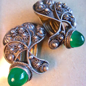Chrysoprase 800 Silver Etruscan Earrings, High Domed Cabochons, Vintage Clip Ons