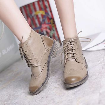 Teahoo Women Autumn Shoes 2017 Ankle Boots for Women Soft Leather Brogues Oxford Women Boots Lace up Wingtip Shoes Woman Oxfords