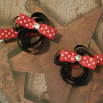 Minnie Mouse hair clip - ready to ship - Small hair clip - Stocking stuffer - Customizable