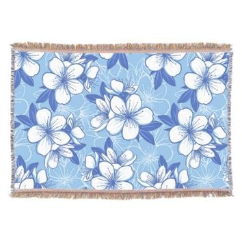 Modern Spring Flower Pattern Throw Blanket