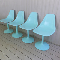 Tulip Chairs Fiberglass Egg Mid Century Modern Dining Table Seats Chair Aqua Blue Swivel Base Kitchen Bar Stools Entertainment 1960's Era