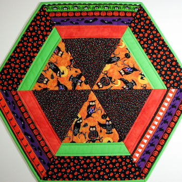 Quilted Table Topper , Halloween Table Topper , Hexagon Table Topper