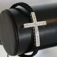 Instafashion — Cross Heart Bracelet