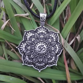 SanLan Antique Silver Om Lotus Mandala Pendant Necklace spiritual jewelry flower Buddhist peace harmony namaste