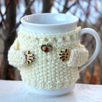 Knit mug sweater. White mug cozy Cup cozy Merino wool. Heart charm. Red rhinestone. Mother's day gift Bridal shower. Office coffee cozy