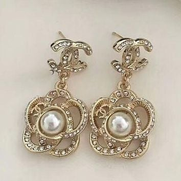 CHANEL New fashion diamond flower pearl earrings women accessories Golden